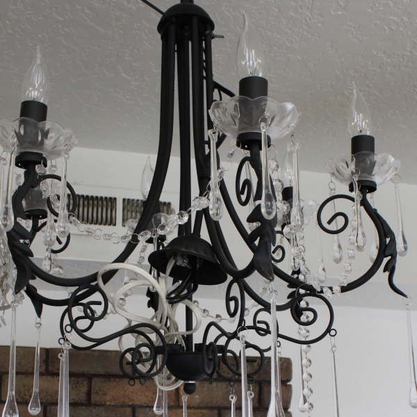 Black Chandelier w: Power