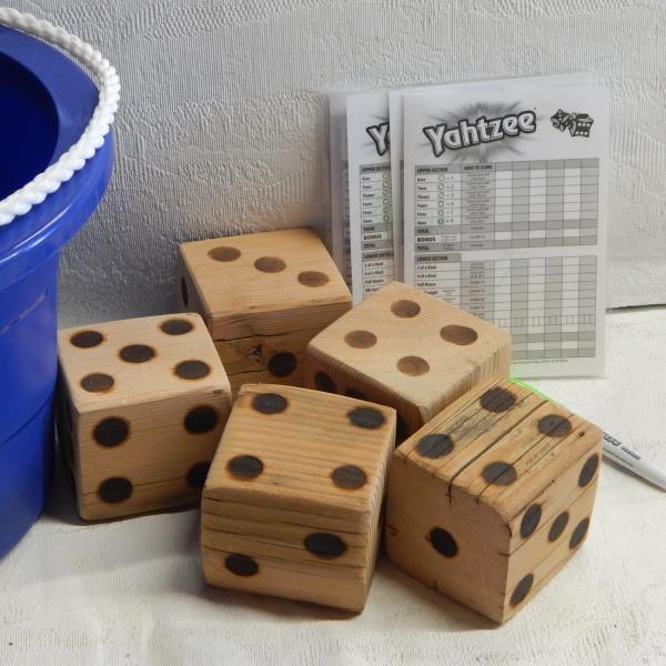 Yahtzee lawn game